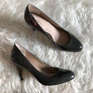 Lands End Sz 10 Gray Patent Leather Heels Pumps